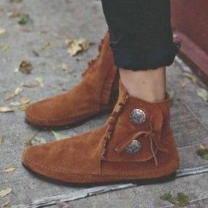 Minnetonka Two Button Suede Moccasin Booties 6